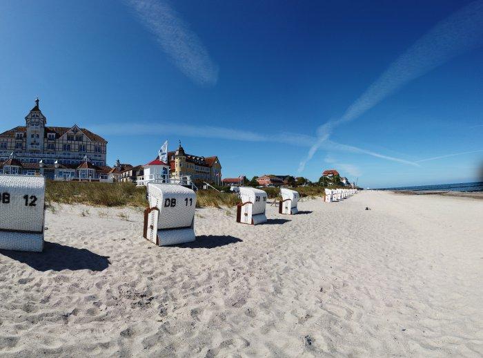 Strand und Strandkorb